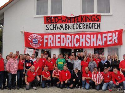 Bayernfans feiern am Tag der deutschen Einheit